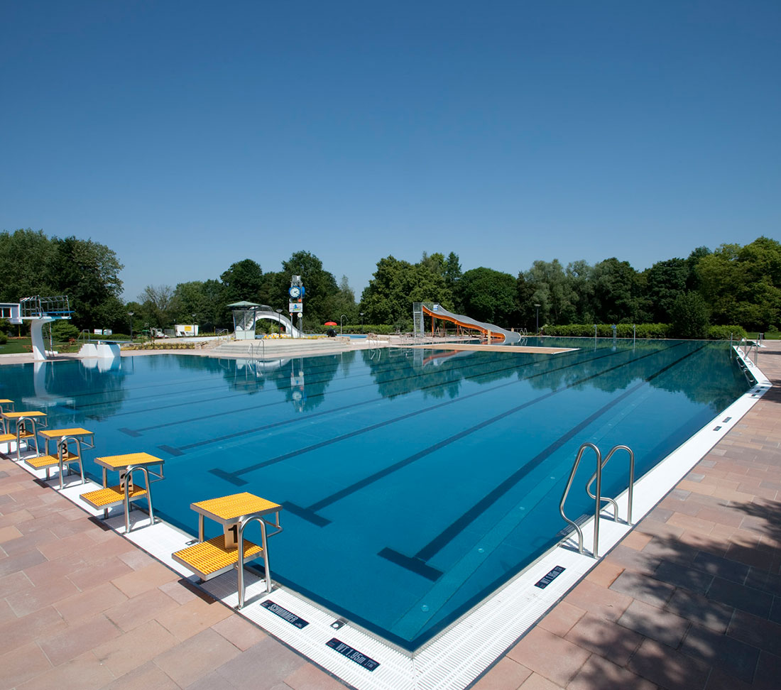 Stainless-steel swimming pools - Zeller Pool Construction